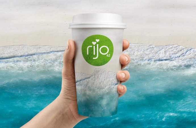 Launch of 100% plastic-free recyclable coffee cup is a UK-first from coffee company Rijo42