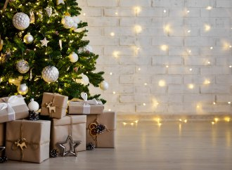 The Conscious Consumer at Christmas: Are the Days of Wrapping Paper Numbered?