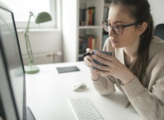 How To Work From Home Effectively – An Expert Shares Her Top Tips