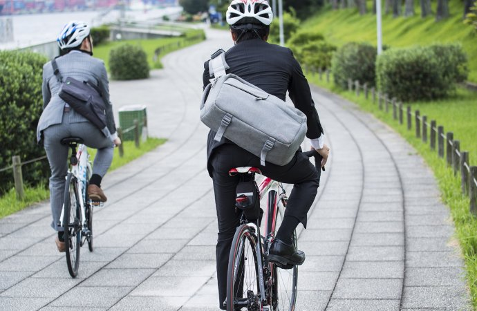 Ecofleet Founder Farah Asemi Predicts Permanent Shift to Commuting and Delivery by Bikes Following Covid-19 Crisis