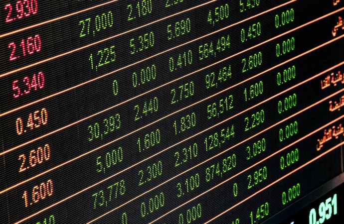 Should you track currency values as a business owner?