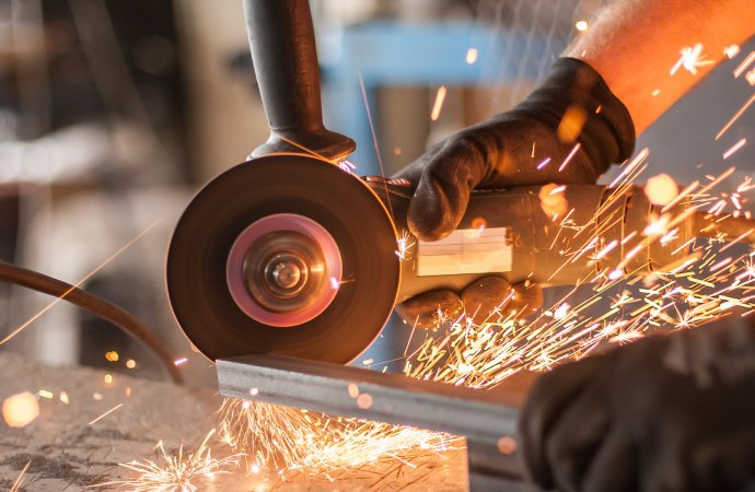 What you need to start a welding business in 2021